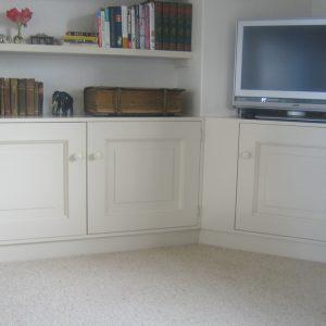 kast op maat woonkamer en tv kamer Van Langen Timmerbedrijf