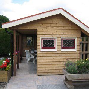 tuinhuis met veranda Van Langen Timmerbedrijf