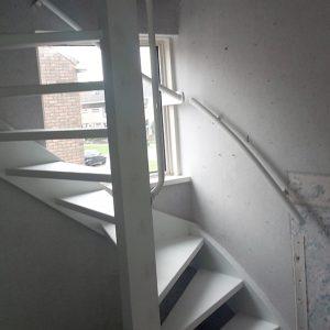 vaste-trap-naar-zolder-Van Langen Timmerbedrijf